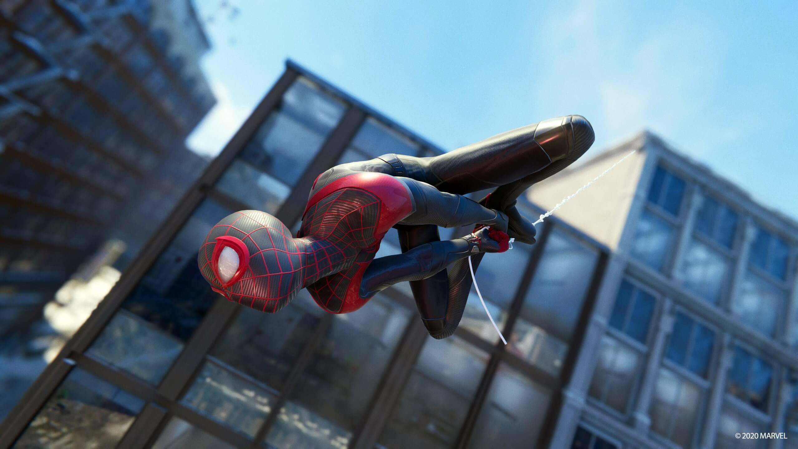 Spider-Man Miles Morales da un obsequio a quienes se sacan el platino