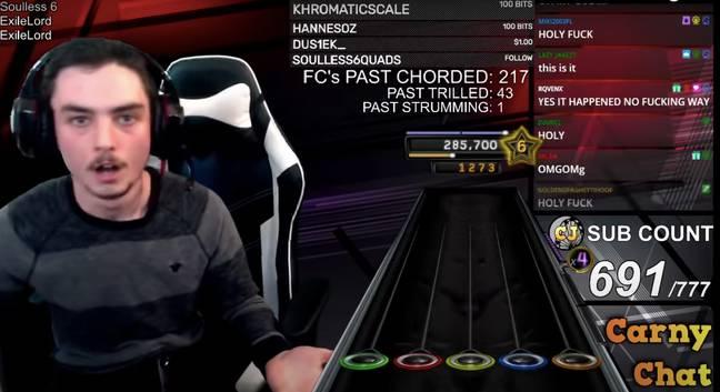 Streamer logra completar al 100% la canción imposible de Guitar Hero